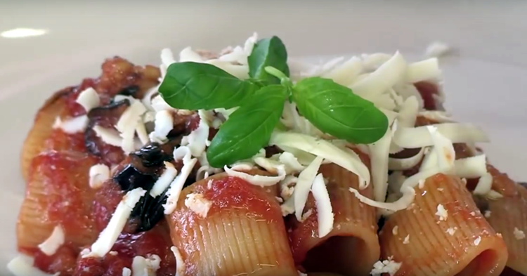 Pasta a la Norma (Cocina Italiana – Sicilia)