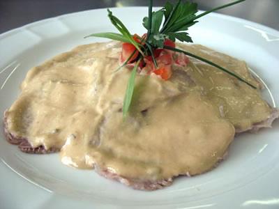 Ternera en salsa de atún