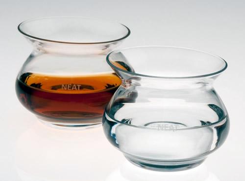 NEAT – Nuevo vaso para oler y catar en una combinación de ciencia y estética