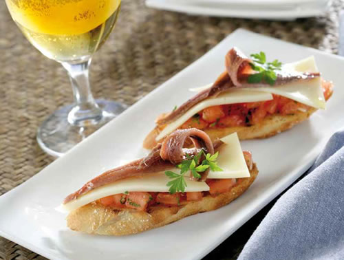 Bruschetta de anchoas y queso